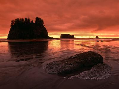 Sunset on Sea Stacks of Second Beach, Olympic National Park, Washington, USA-Jerry Ginsberg-Photographic Print