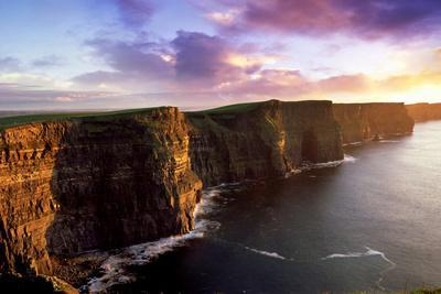 https://imgc.artprintimages.com/img/print/sunset-on-the-cliffs-of-moher-county-clare-ireland_u-l-pswrlm0.jpg?p=0