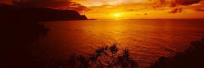 Sunset over an Ocean, Hanalei Bay, Kauai, Hawaii, USA--Photographic Print