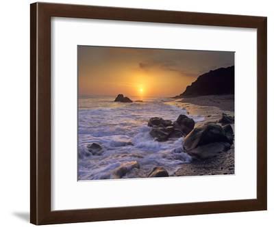 Sunset over Leo Carillo State Beach, Malibu, California-Tim Fitzharris-Framed Art Print