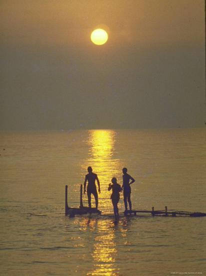 Sunset over the Calm Waters in Menemsha Bay, Martha's Vineyard-Alfred Eisenstaedt-Photographic Print