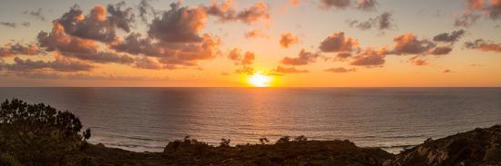 Sunset over the Pacific Ocean, Torrey Pines State Natural Reserve, San Diego, San Diego County--Photographic Print