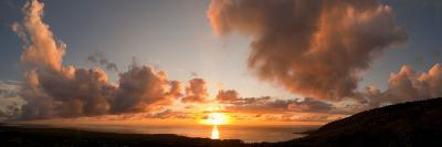 Sunset Over the Sea, Kona Coast, Kealakekua Bay, Hawaii, USA--Photographic Print