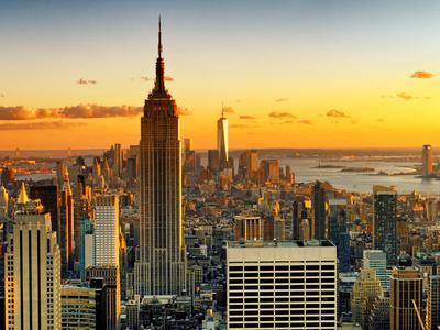 https://imgc.artprintimages.com/img/print/sunset-skyscraper-landscape-empire-state-building-and-one-world-trade-center-manhattan-new-york_u-l-pz1qj50.jpg?p=0