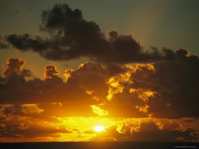 Sunset Through Dramatic Clouds over the Vast Pacific Ocean-Todd Gipstein-Photographic Print