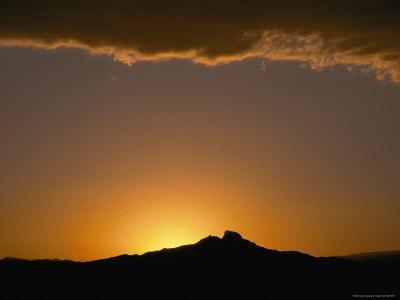 https://imgc.artprintimages.com/img/print/sunset-view_u-l-p4tu4o0.jpg?p=0