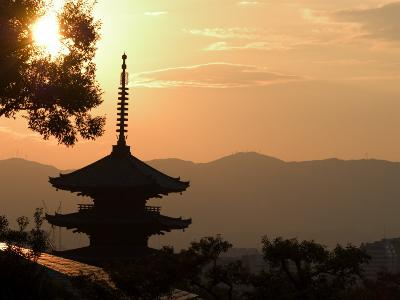 Sunset, Yasaka No to Pagoda, Kyoto City, Honshu, Japan-Christian Kober-Photographic Print