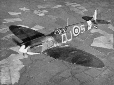 Supermarine Spitfire Mk Vb, 1941-Chas Brown-Giclee Print