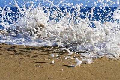 Surf on the Beach, Oahu, Hawaii, Usa--Photographic Print