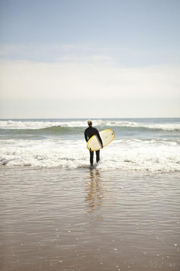 Surfer-Karyn Millet-Photographic Print