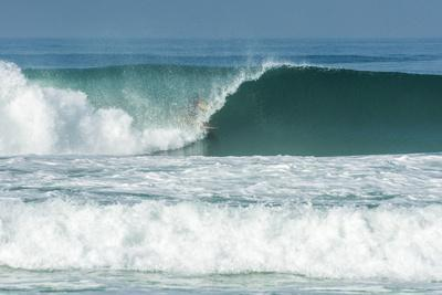 https://imgc.artprintimages.com/img/print/surfing-inside-the-barrel-in-barra-da-tijuca-beach-rio-de-janeiro-brazil_u-l-q1gx3q70.jpg?p=0