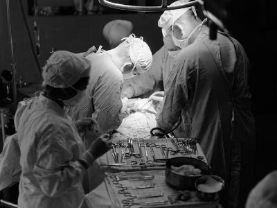 Surgical Team-H^ Armstrong Roberts-Photographic Print