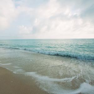 Beach Scene III by Susan Bryant