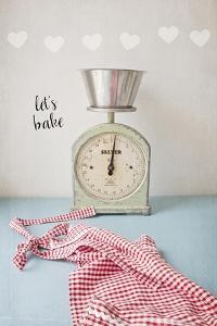 Let's Bake by Susannah Tucker