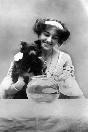 Sybil Arundale (1882-196), English Actress, 1900s- Lemeilleur-Giclee Print