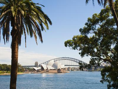 Sydney Opera House, UNESCO World Heritage Site, and Sydney Harbour Bridge, Sydney, Australia-Matthew Williams-Ellis-Photographic Print