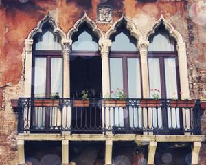 Venice Bokeh XV by Sylvia Coomes