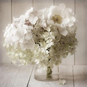 White Flower Vase by Symposium Design