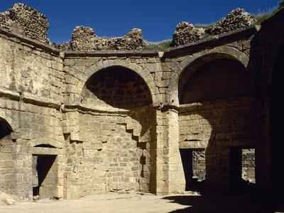 https://imgc.artprintimages.com/img/print/syria-bosra-hammab-manshak-old-public-baths-14th-century-ruins_u-l-pw434w0.jpg?p=0