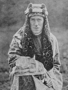 T E Lawrence (Lawrence of Arabia) in Arab Dress