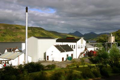 Talisker Distillery, Isle of Skye, Highland, Scotland-Peter Thompson-Photographic Print