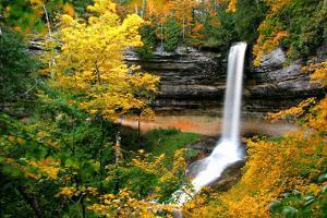 Munising Falls by Tan Yilmaz