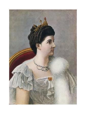 Elena of Savoy, Queen of Italy