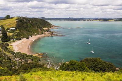 https://imgc.artprintimages.com/img/print/tapeka-beach-seen-from-tapeka-point-a-popular-walk-in-russell-bay-of-islands_u-l-q12r6990.jpg?p=0