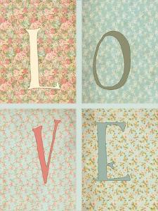Shabby Chic Love by Tara Moss