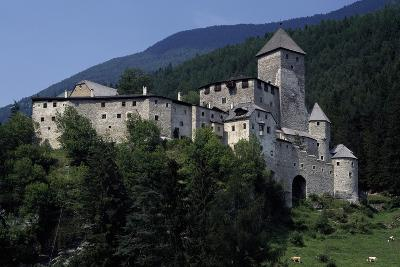 Taufers or Tures Castle, Near Taufers, Tures Valley, Trentino-Alto Adige, Italy, 13th-16th Century--Giclee Print