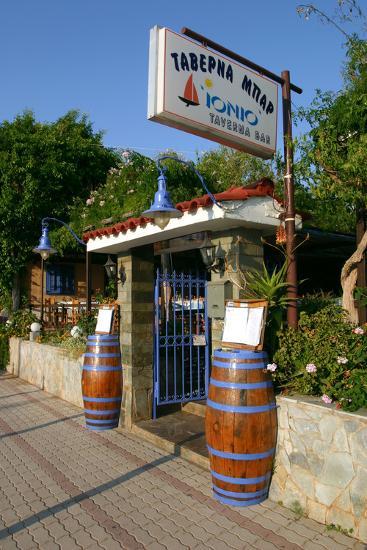 Taverna Lassi, Kefalonia, Greece-Peter Thompson-Photographic Print