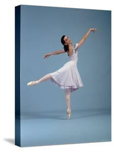 """21 Year Old NYC Ballet Ballerina Jenifer Ringer in Graceful Move from Ballet """"Romeo and Juliet"""" by Ted Thai"""