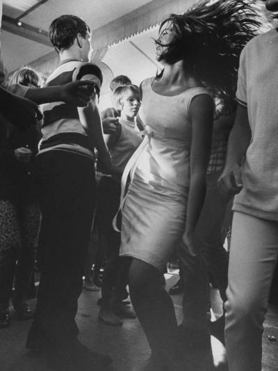 Teenagers Dancing at TV's Hullaballoo Scene--Photographic Print