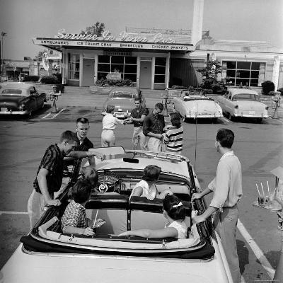 Teenagers Hanging Out at the Local Drive In-Hank Walker-Photographic Print