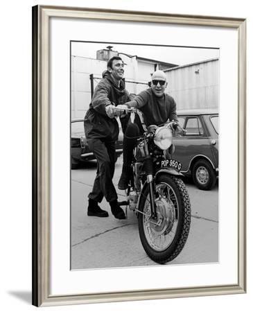 Telly Savalas, George Lazenby. 007, James Bond: On Her Majestys Secret Service, 1969--Framed Photographic Print