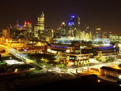 https://imgc.artprintimages.com/img/print/telsta-dome-and-melbourne-cbd-at-night-victoria-australia_u-l-p3vnkn0.jpg?p=0