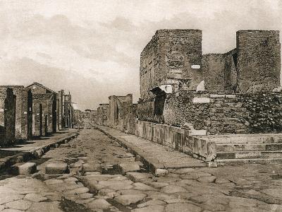 Tempio Della Fortuna, Pompeii, Italy, C1900s--Giclee Print