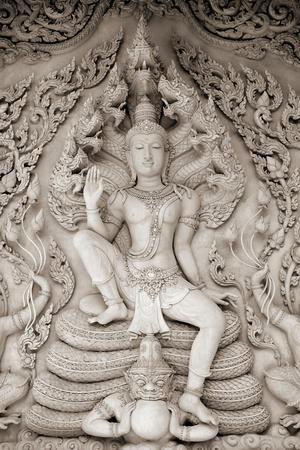 https://imgc.artprintimages.com/img/print/temple-calm_u-l-f90d8k0.jpg?p=0