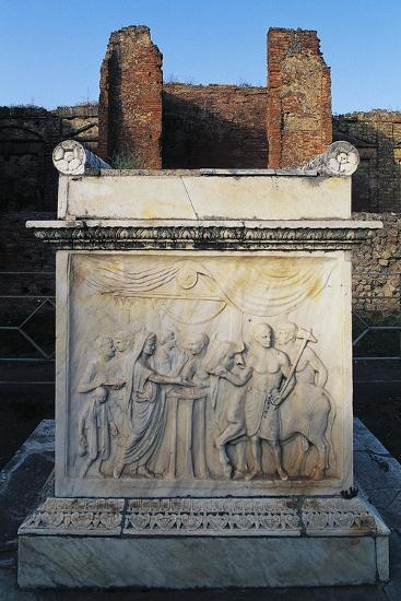 Temple of Vespasian and its Marble Altar in Front of Aedicola, Pompeii--Photographic Print