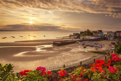 Tenby, Pembrokeshire, Wales, United Kingdom, Europe-Billy Stock-Photographic Print