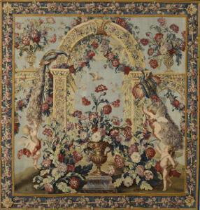 Tenture du Triomphe de Flore: Treillage et vase de fleurs