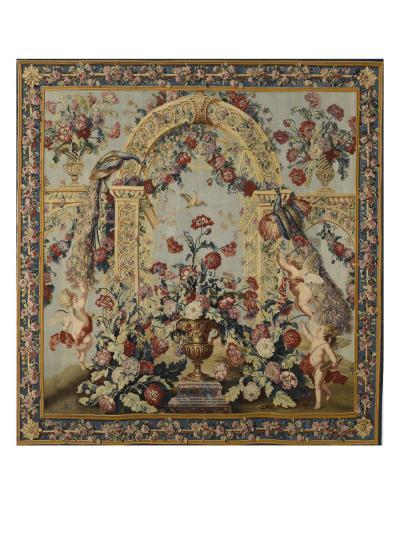 Tenture du Triomphe de Flore: Treillage et vase de fleurs--Giclee Print