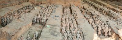 https://imgc.artprintimages.com/img/print/terracotta-warriors-and-horses-xi-an-shaanxi-province-china_u-l-q12q5sd0.jpg?p=0