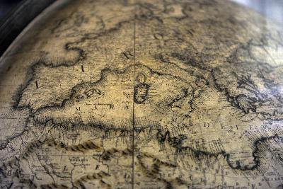 Terrestrial Globe by Cosmographer Vicenzo Coronelli--Giclee Print