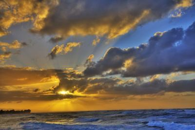 USA, Hawaii, Oahu, Sun Setting over the Pacific Ocean by Terry Eggers