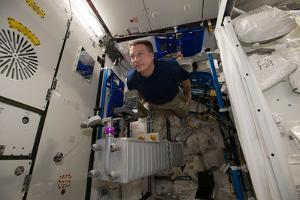 Astronaut Acclimates to the Reduced Gravity Environment of the Iss by Terry Virts