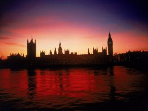 Houses of Parliament at Dusk, London, England by Terry Why