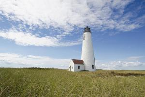 Usa, Massachusetts, Nantucket Island, View of Great Point Lighthouse by Tetra Images - Chris Hackett