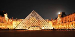 Paris, Louvre Pyramid by Tetyana