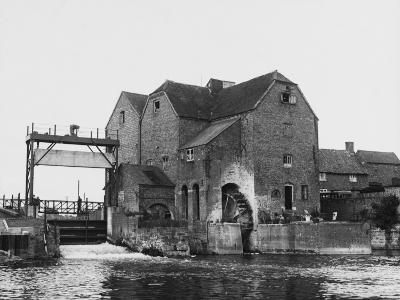 Tewkesbury Watermill--Photographic Print